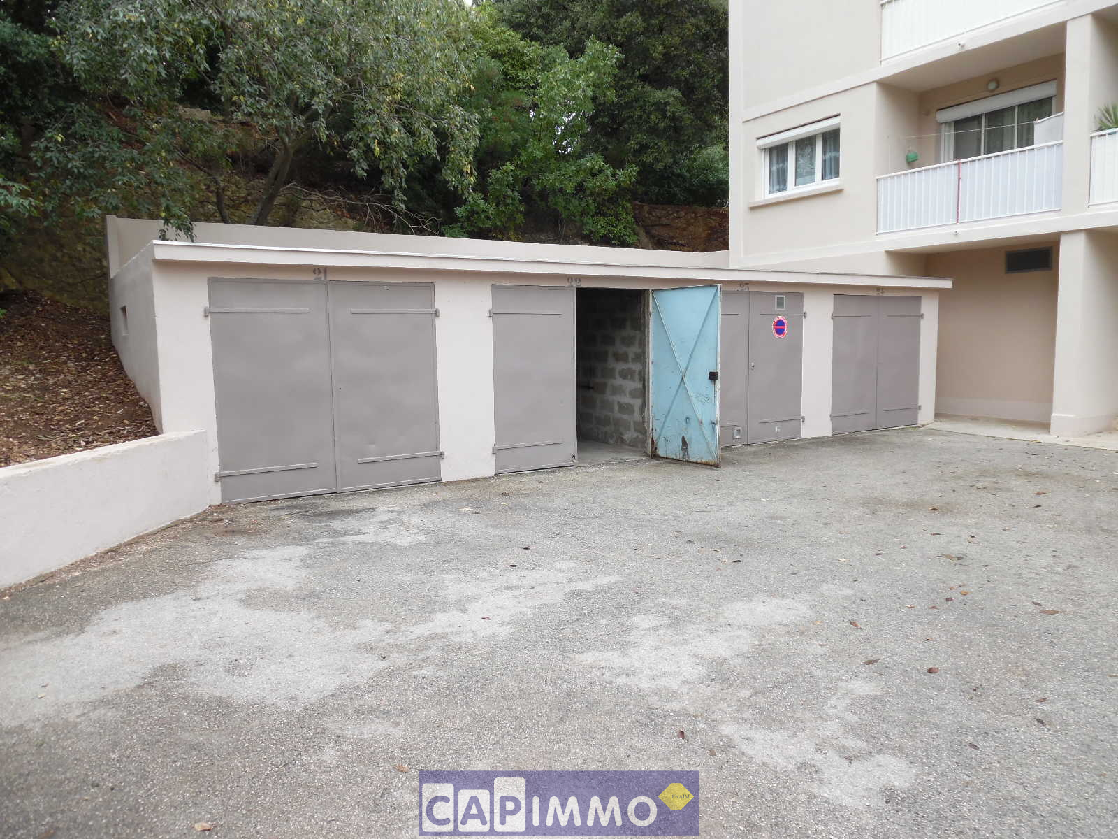 Vente appartements maisons villas la garde le pradet for Garage a vendre toulon mourillon