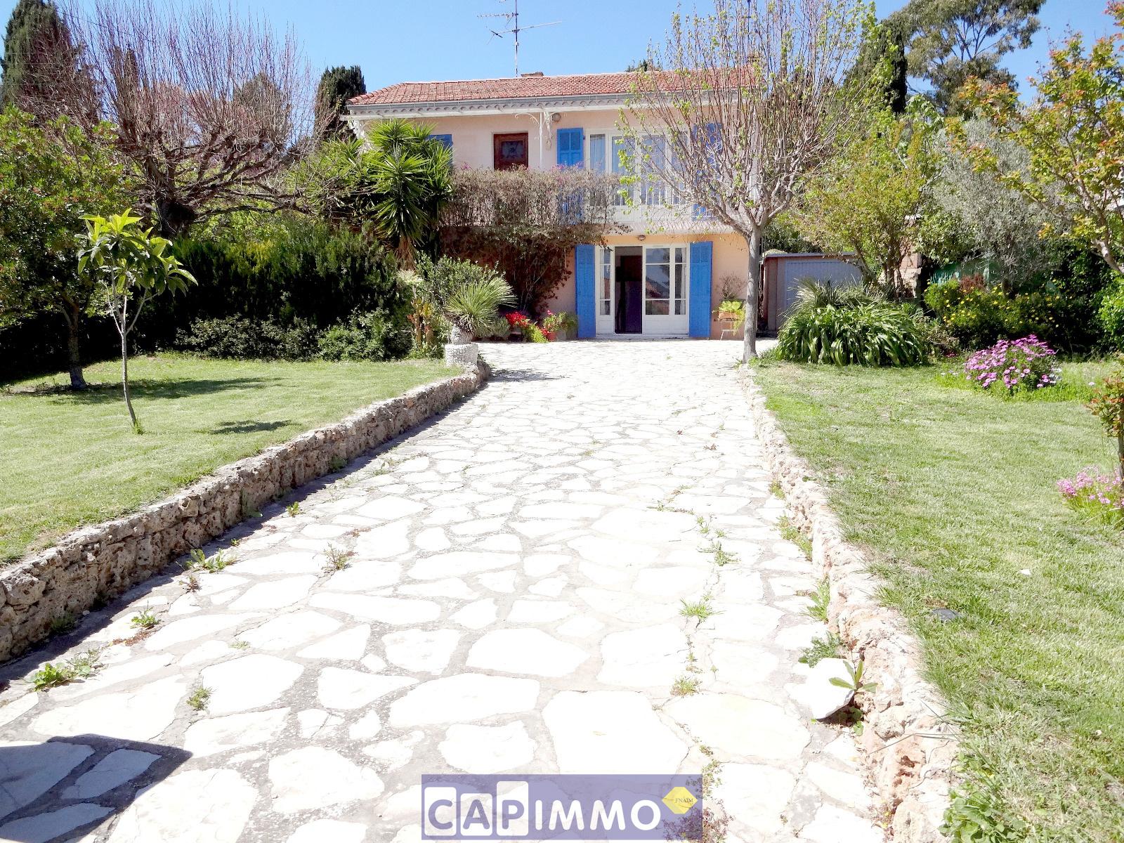 Vente maison villa 83130 la garde for Garage audi la garde 83130